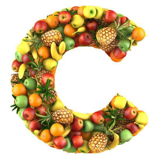 Vitamin C trong Ivory Caps làm sáng da bằng cách ức chế sản xuất melanin