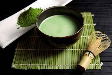 Trà xanh và đậu nành trong Estroven Maximum Strength Energy