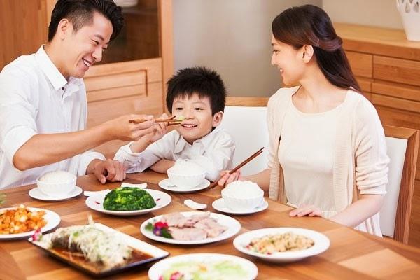 Centrum kids Chewable Multivitamin giúp bé ăn ngon miệng hơn