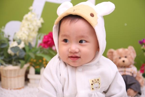 Childlife Liquid Calcium and Magnesium with Vitamin D dùng cho bé từ 6 tháng trở lên