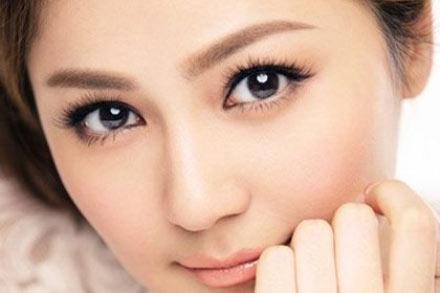 Mi mắt giúp cho đôi mắt nhìn sâu hơn, quyến rũ hơn và hoàn hảo hơn