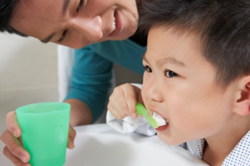 Bé yêu nhà bạn sợ đánh răng?