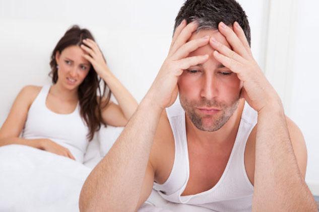 Tinh trùng yếu cũng là một trong những nguyên nhân gây vô sinh ở nam giới