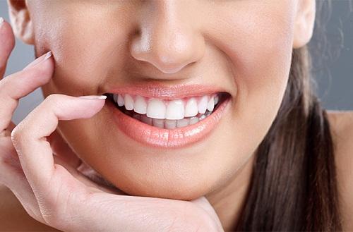 Tác dụng nổi bật của bột làm trắng răng eucryl