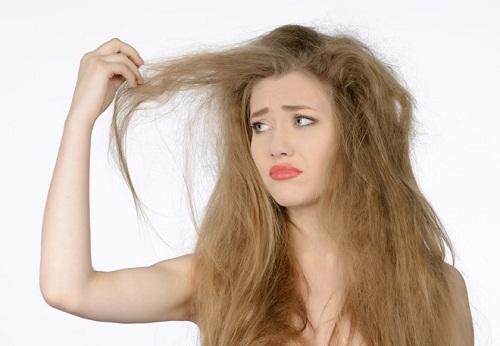 Công dụng của chai xịt dưỡng tóc dessange