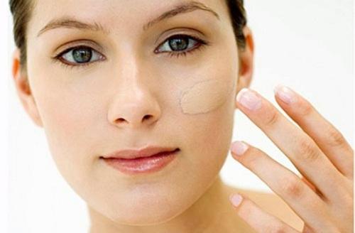 Cách sử dụng kem chống nhăn vùng mắt tốt nhất