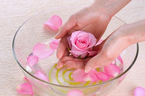 Chia sẻ cách làm hồng nhũ hoa an toàn sau sinh