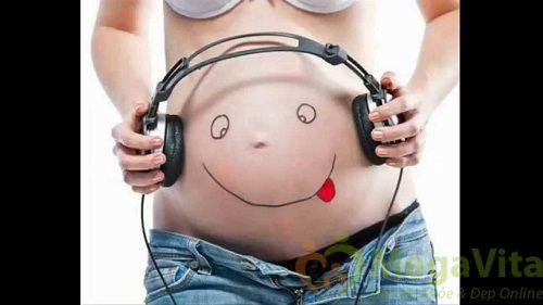 Đang mang thai có nên nghe tai nghe hay không?