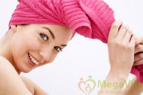 Cách làm kem ủ tóc cho tóc nhuộm