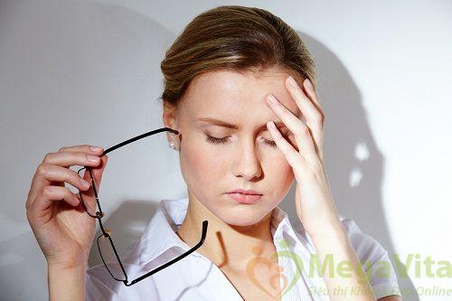 Nhức mắt và hay chảy nước mắt là bệnh gì