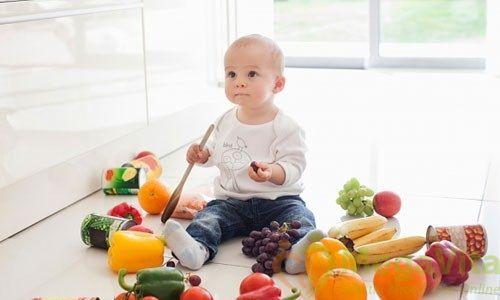 Nên cho trẻ 6 tháng tuổi ăn hoa quả gì