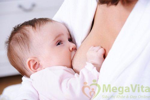 Đang cho con bú có nên dùng thuốc tránh thai?