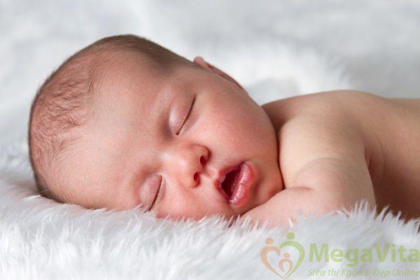 Nên cho trẻ sơ sinh ngủ 1 ngày bao nhiêu tiếng là đủ