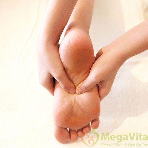 Chứng đau nhức mỏi chân về ban đêm