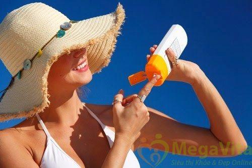 Kem chống nắng toàn thân có dùng được cho mặt không ?