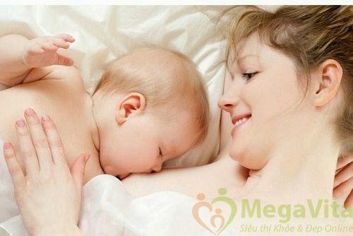 Mẹ đang cho con bú có được uống collagen không ?