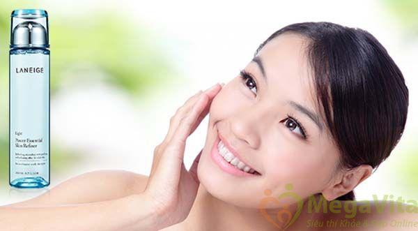 Power essential skin refiner light mang đến làn da mềm mại, khô thoáng