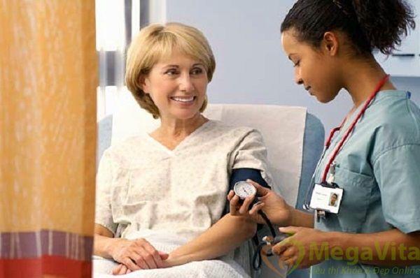 Chỉ số huyết áp thấp là khoảng bao nhiêu ?