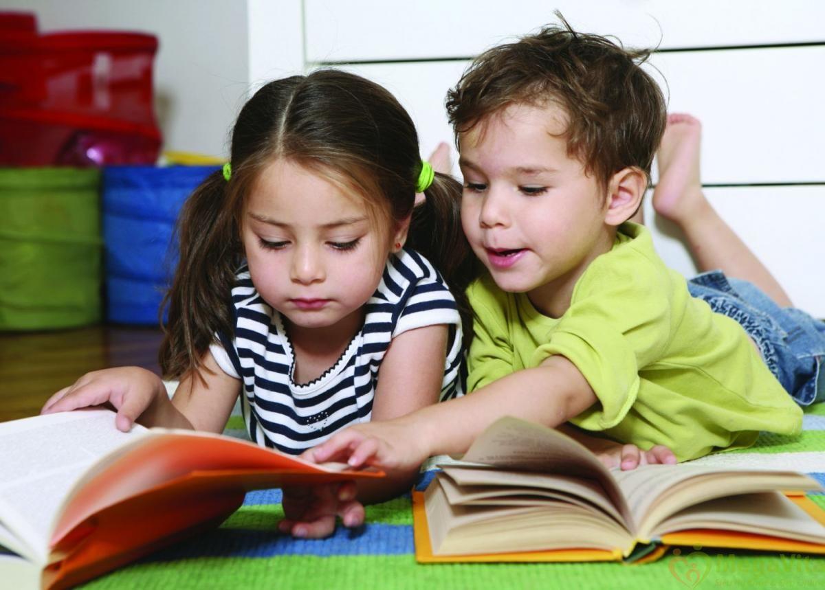 Kẹo dẻo bổ sung vitamin và omega 3 cho bé kids smart vita gummies omega 3 and multi hộp 50 viên