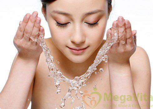 Sữa rửa mặt tạo bọt trị mụn sebamed clear face antibacterial cleansing foam 150ml của Đức