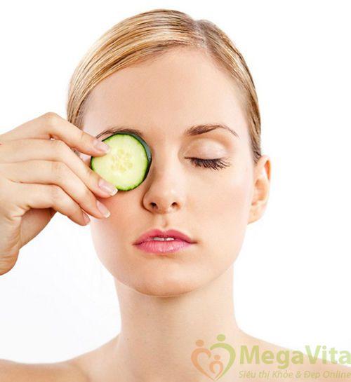 Nước hoa hồng dưỡng ẩm, trị mụn sebamed clear face deep cleansing facial toner của Đức 150ml