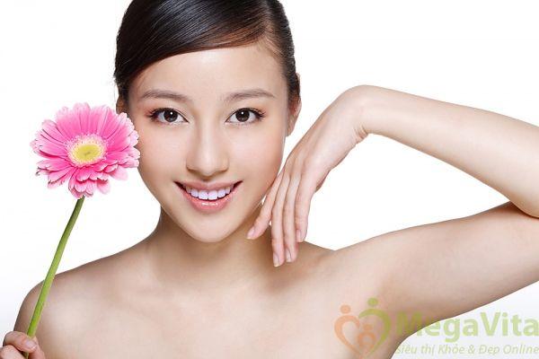 Bột lụa cao cấp dưỡng da trắng sáng, trẻ hóa da, tăng cường sức khỏe silky amino plus nhật bản hộp 30 gói