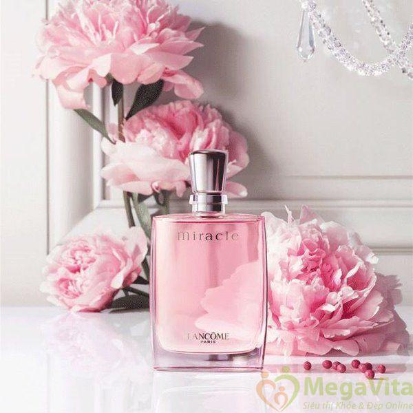 Nước hoa nữ hương hoa cỏ nhẹ nhàng, lãng mạn lancome miracle eau de parfum của pháp chai 100ml